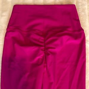ABS2B Scrunch Butt Pink Leggings Size S
